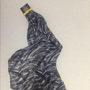 Accessories - Brand New Women's Scarf Black White